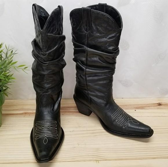 daba6f83d77 Beautiful Black Steve Madden Western Boots. M 5a5270e89a94559497018fc5